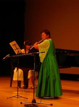 cc4472bf6de07 フルート演奏のためのドレスを・・・生徒作品:パタンナー メソッド 婦人 ...